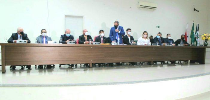 Câmara Municipal Realizou a Entrega de Comendas Honorificas de Cidadão e Cidadã Altamirense e Honra ao Mérito